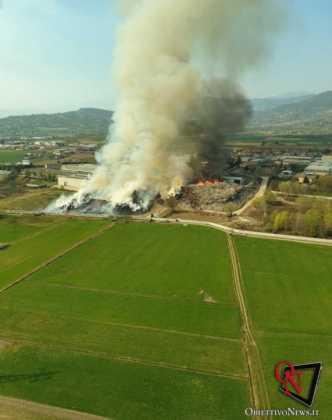 Frossasco incendio area industr 1