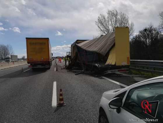 Torino Incidente Tangenziale 2 1