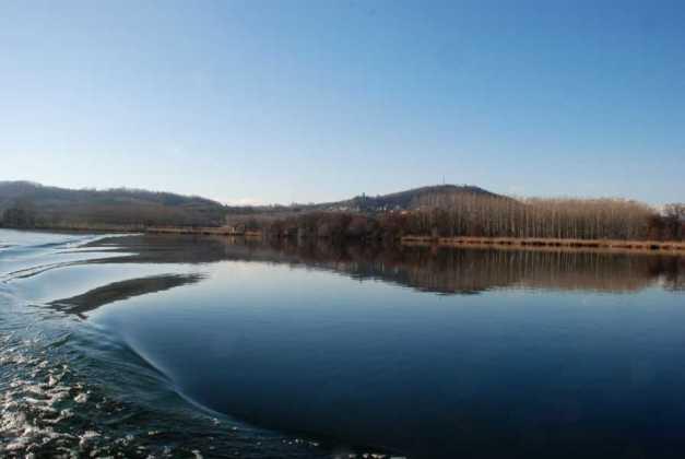 Candia lago Res