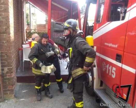 Castellamonte incendio pizzeria1
