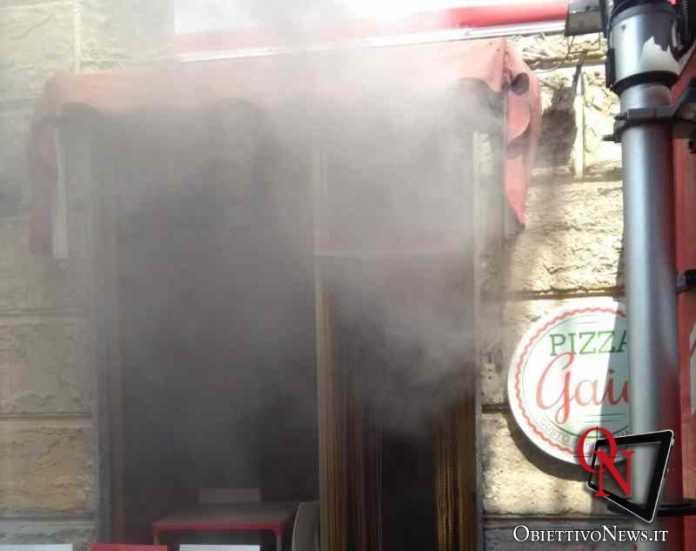 Castellamonte incendio pizzeria2