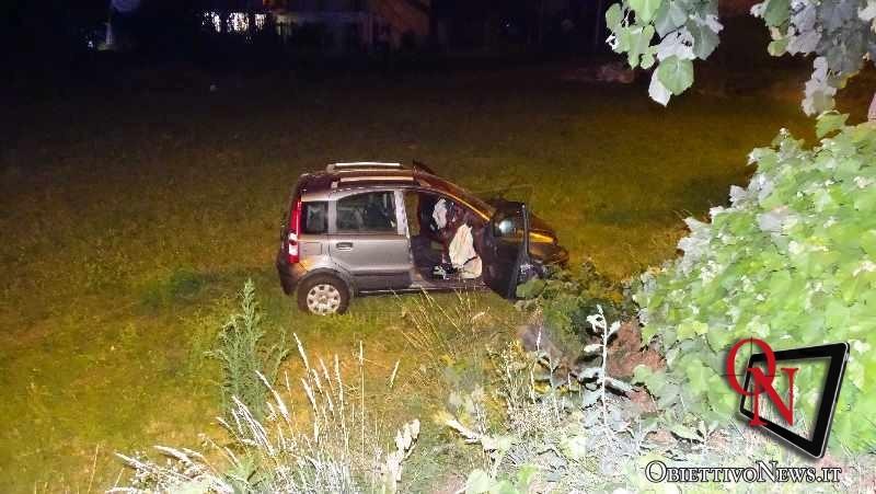 Castellamonte auto esce di strada sulla Sp 58 2