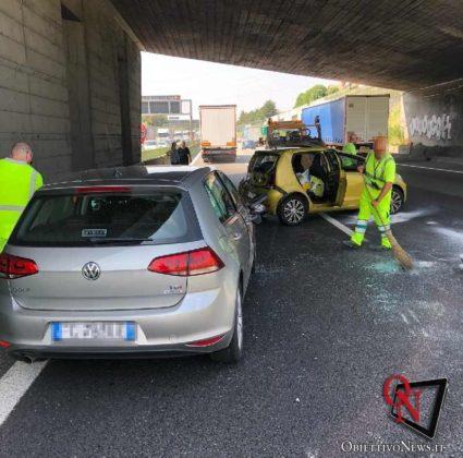 Torino incidente tangenziale collegno 2