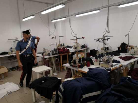 Cirie laboratorio clandestino cinese 11