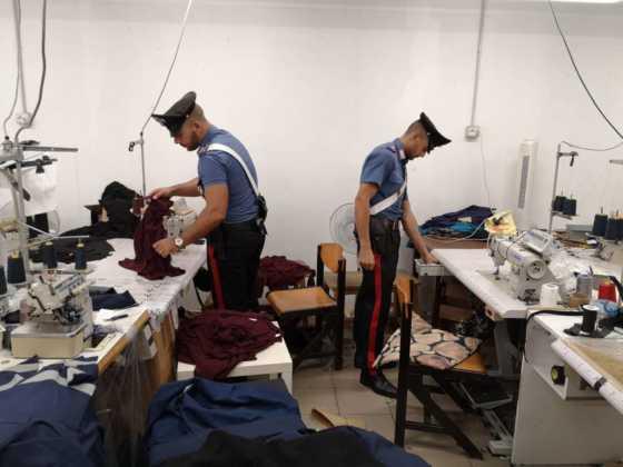 Cirie laboratorio clandestino cinese 8