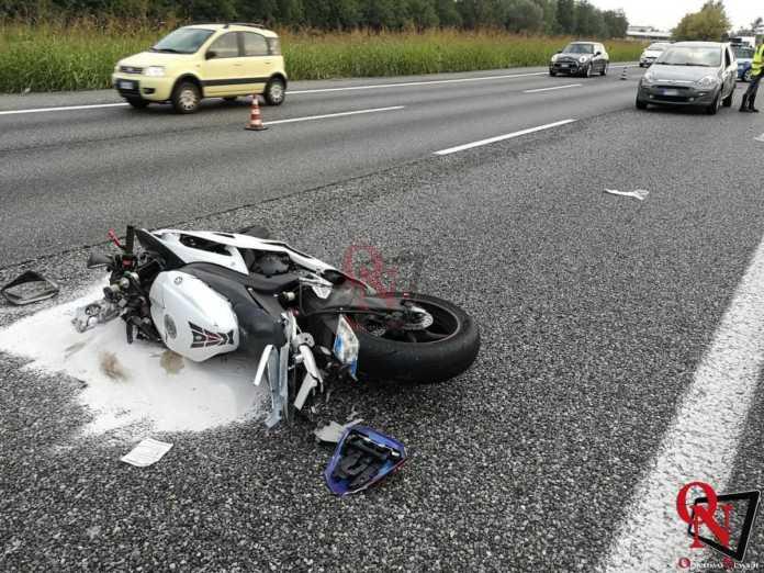 Collegno incidente auto moto tangenziale 1