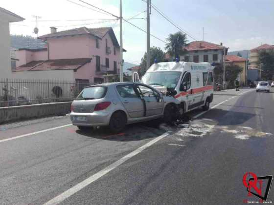 Lanzo scontro auto ambulanza6 Res