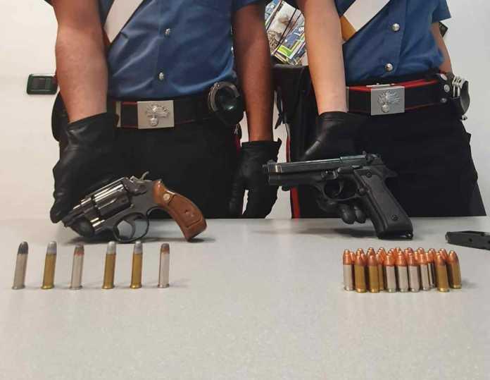 Torino armi illegali in casa 1