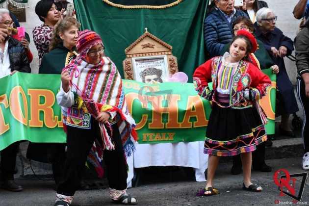 Torino Processione peruviana 13
