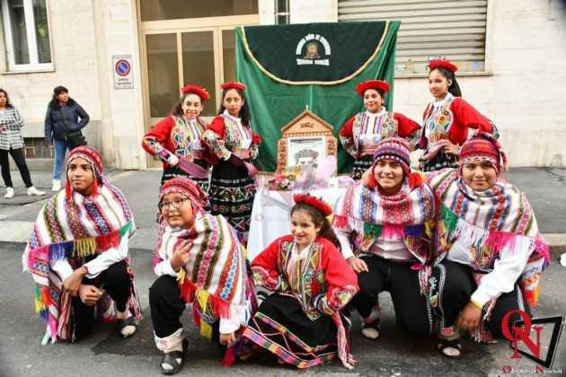 Torino Processione peruviana 9