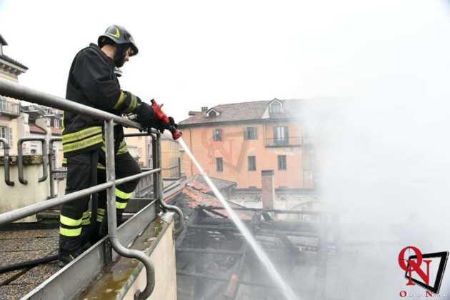 Torino incendio cavallerizza 6 Res
