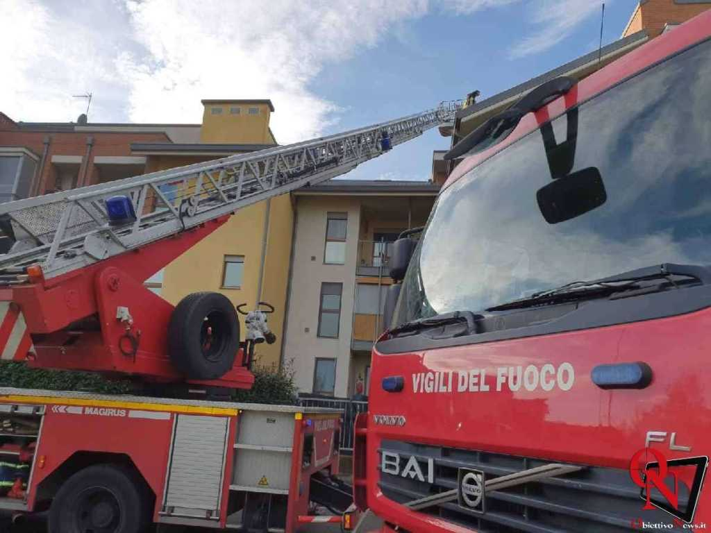 Caselle incendio tetto Res