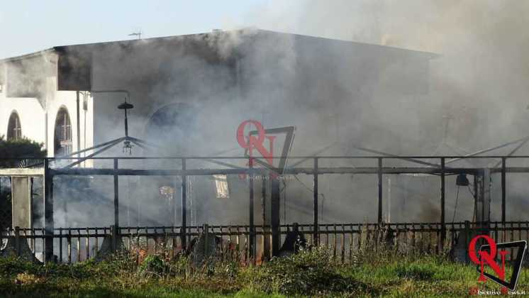 Feletto Incendio sede calciobalilla 7