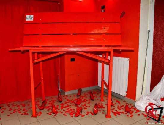 Torino inaugurazione panchina rossa gigante 1 Res