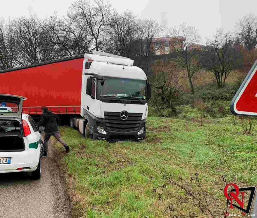 baldissero camion fuori strada Res