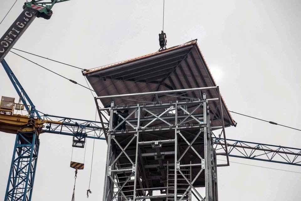 6. posa della copertura della nuova torre Res