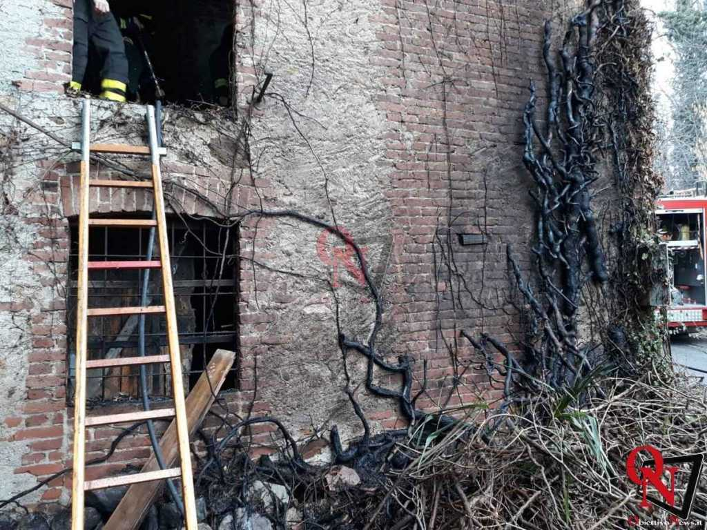 Castellamonte Incendio Cascina 7