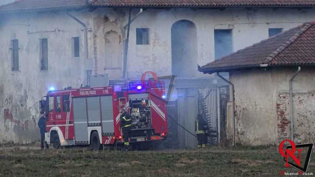 Castellamonte Principio incendio localita case Nigra 4
