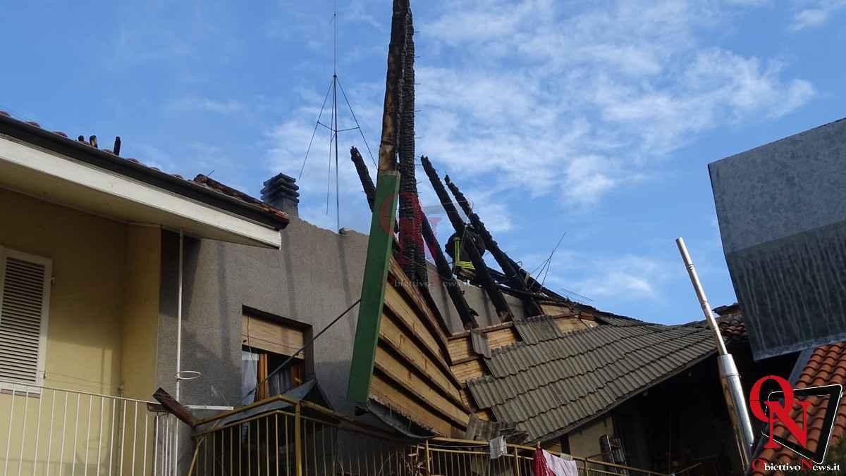 Forno Canavese Incendio tetto 20