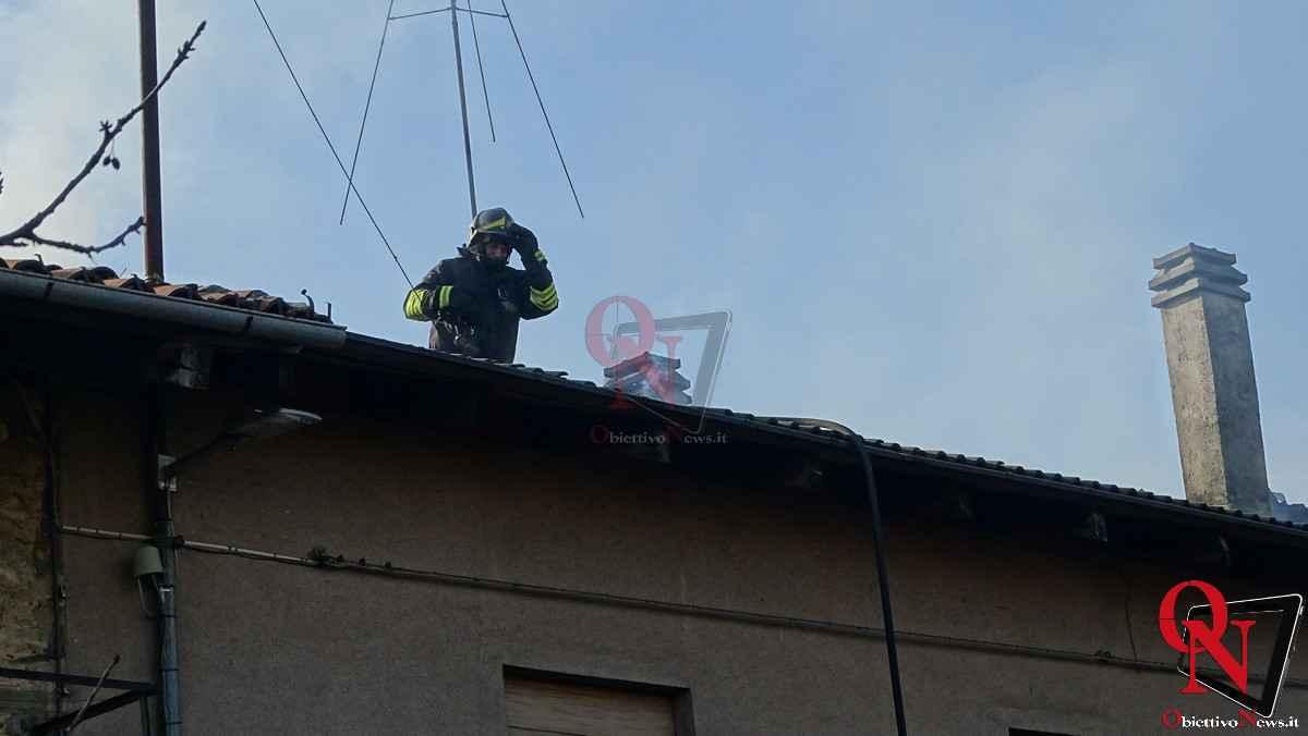 Forno Canavese Incendio tetto 3