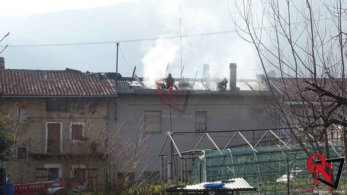 Forno Canavese Incendio tetto 8