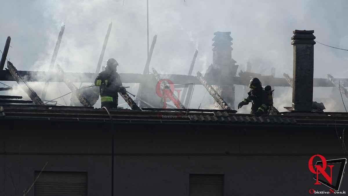 Forno Canavese Incendio tetto 9