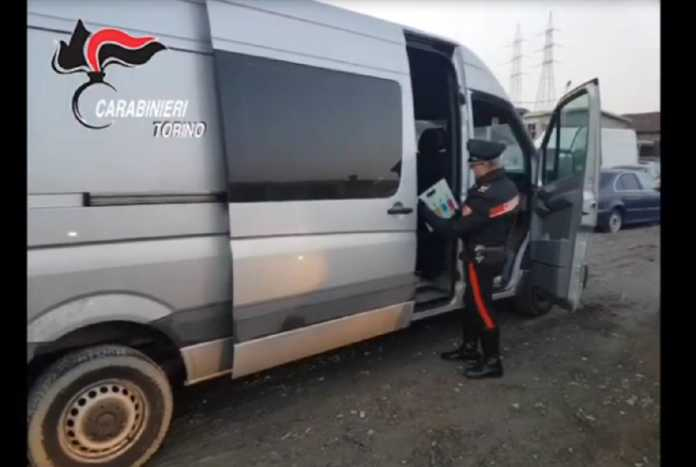 torino furgone rubato
