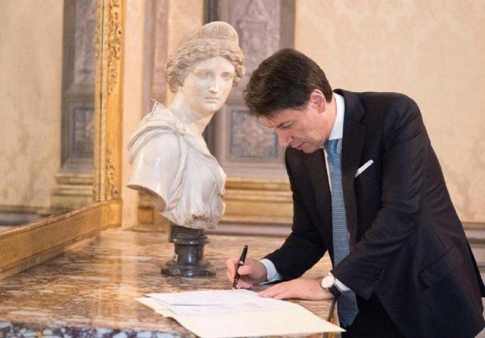 governo conte firma decreto