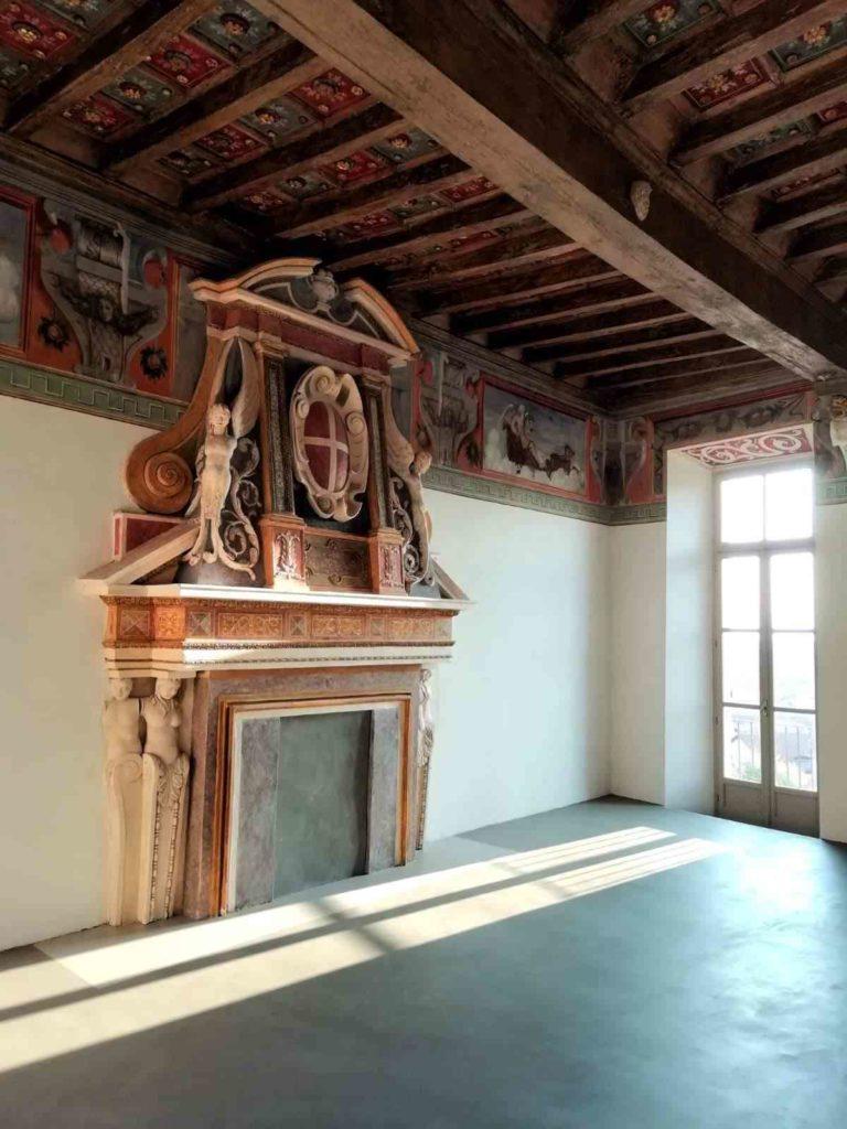 camino monumentale Castello di Foglizzo Res