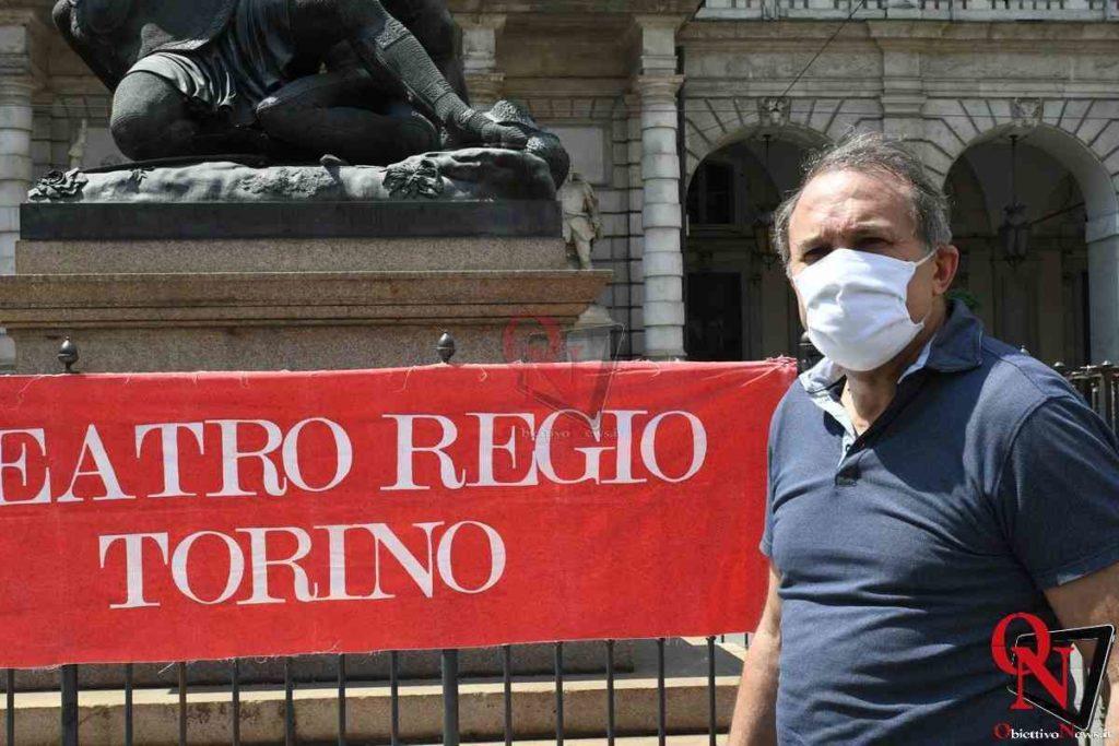 Torino Flash Mob lavoratori Teatro Regio 1