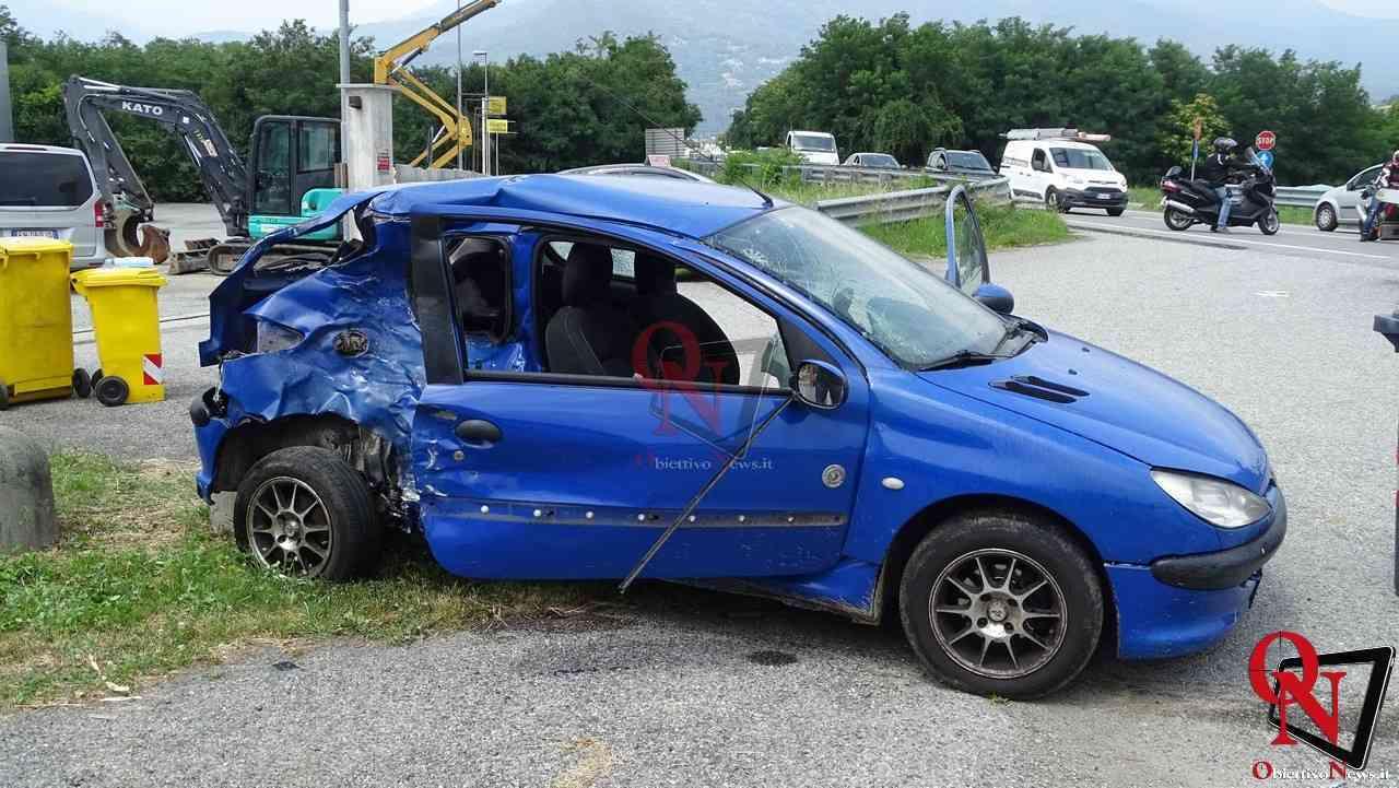 Valperga incidente auto moto 1