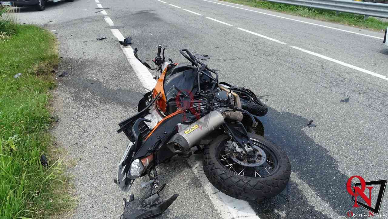Valperga incidente auto moto 2