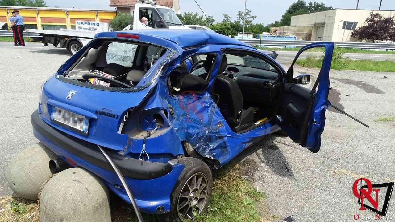 Valperga incidente auto moto 5