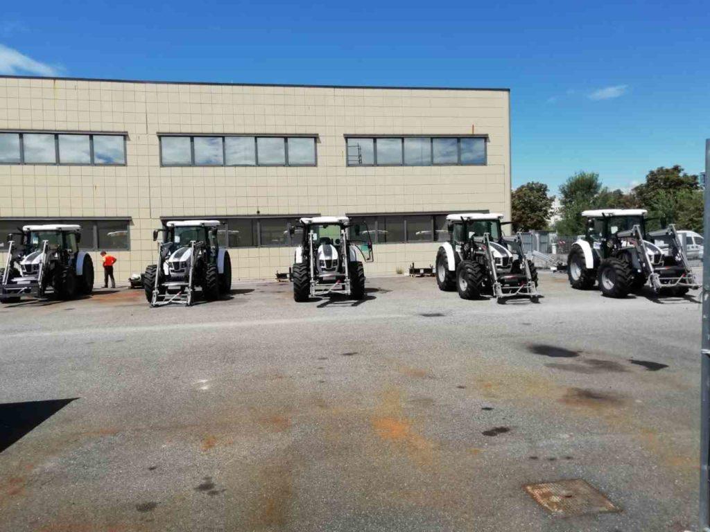 Cinque nuovi trattori per la manutenzione stradale 1 Res
