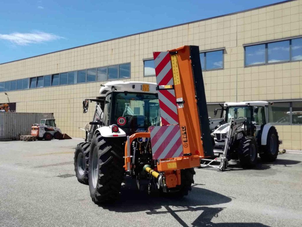 Cinque nuovi trattori per la manutenzione stradale 2 Res