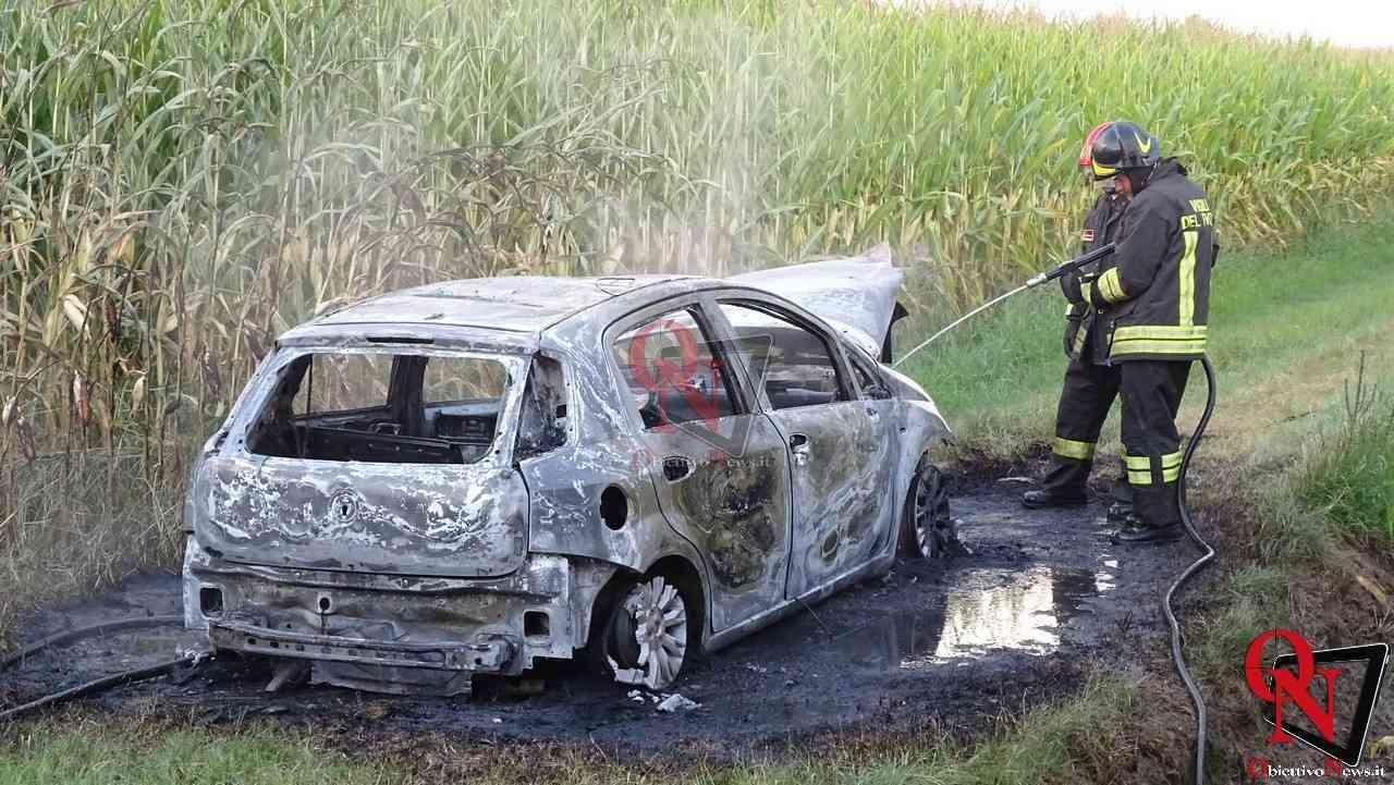 Feletto Incendio auto rubata 10