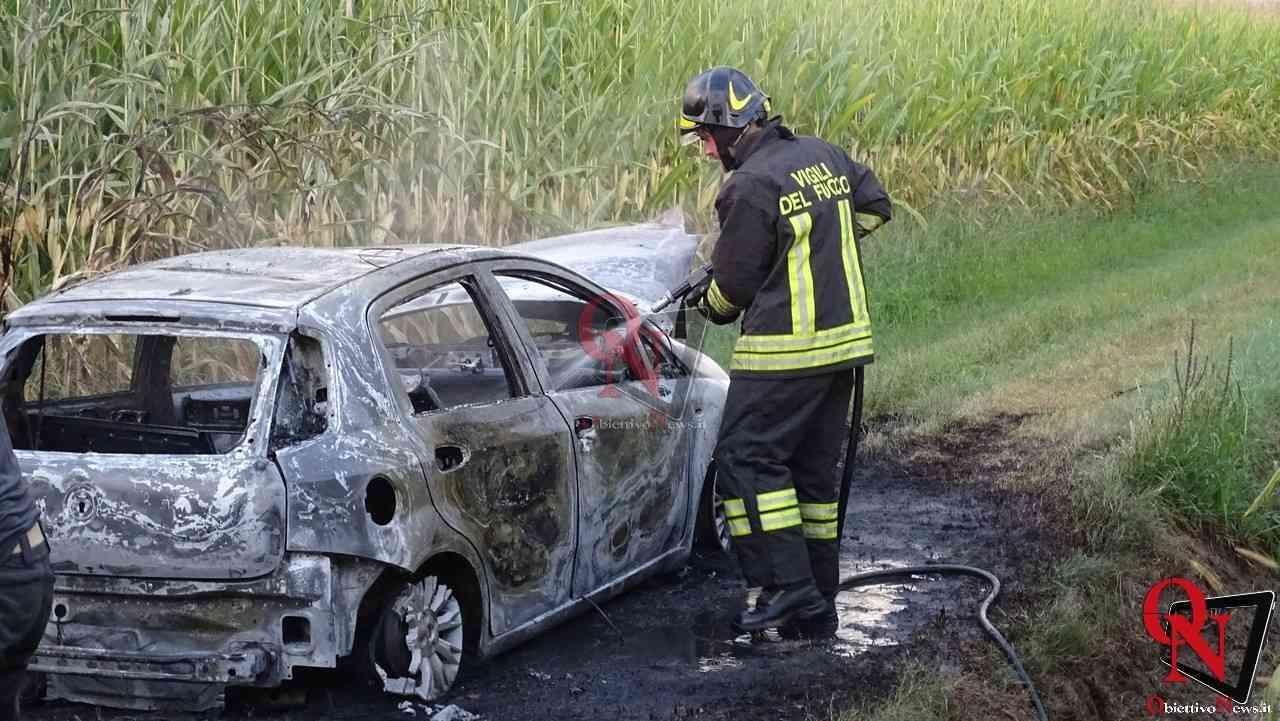 Feletto Incendio auto rubata 11