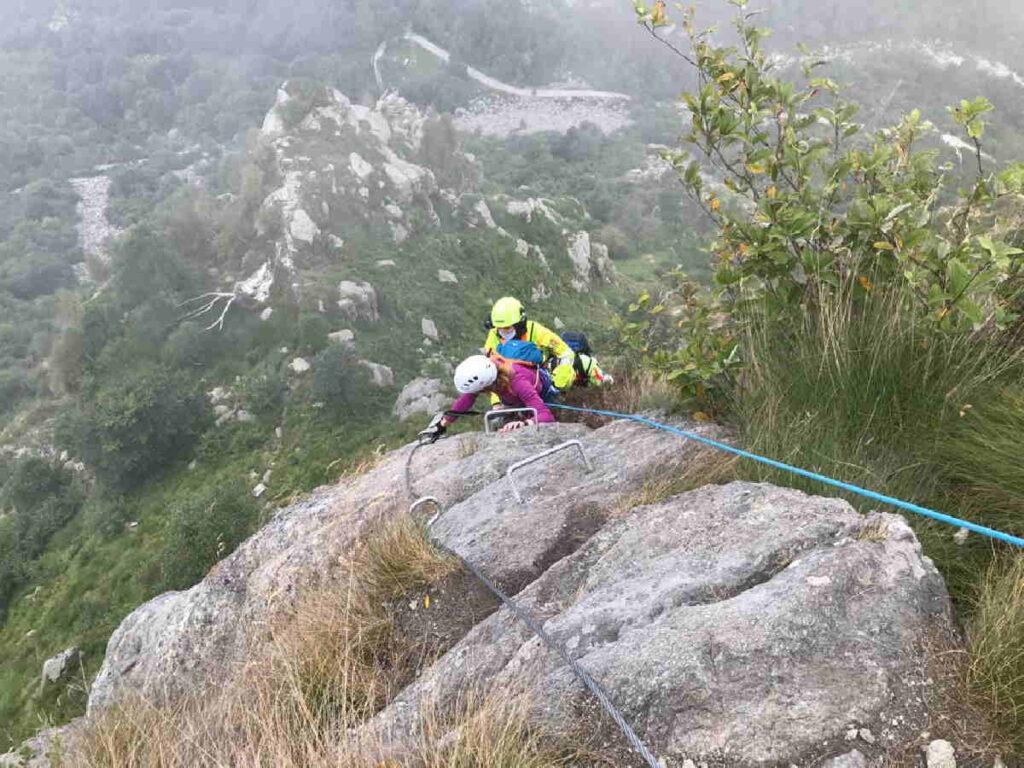 biella salvata donna in arrampicata 1